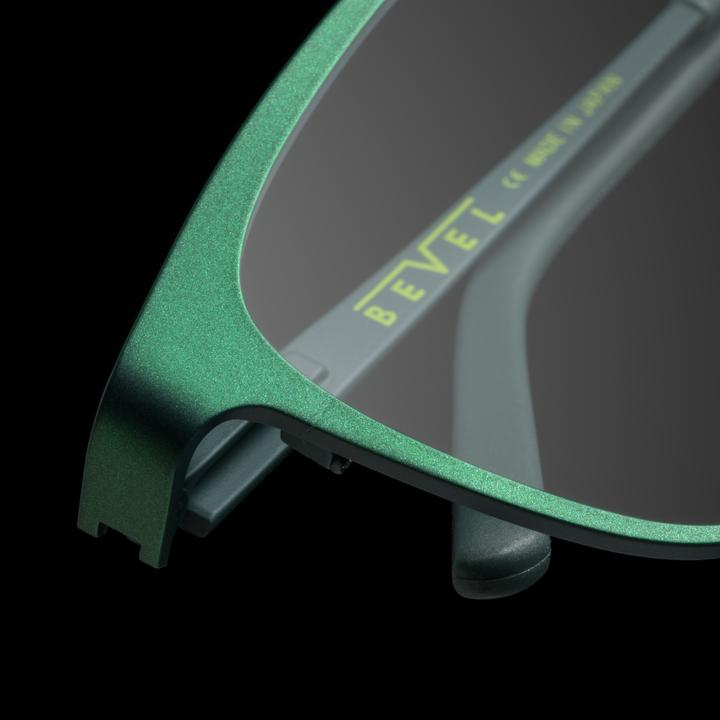 F 2004 458 bevel specs eyewear view 03 rhoda dnob 5343